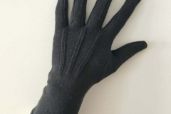 Long-Wristed-White-Cotton-Gloves-back