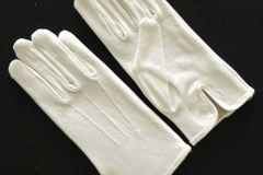 White-cotton-gloves-with-button-on-cuff