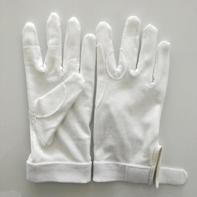 Deluxe-Velcro-Glove-1